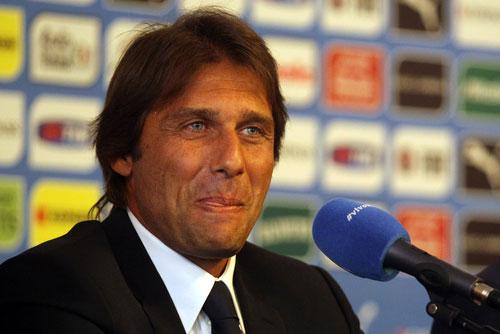 อันโตนิโอ คอนเต้ (Antonio Conte) กุนซือทีมเชลซี